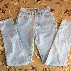 Denim - High waisted mom jeans